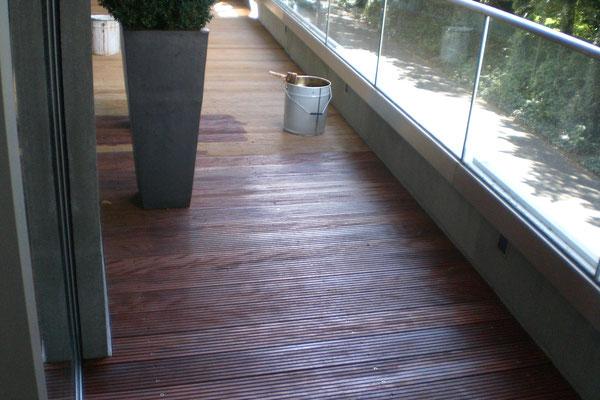 Holzöl für den Fußboden im Außenbereich