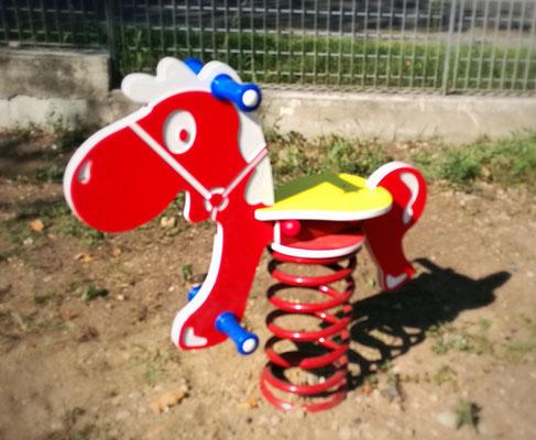 Giochi per parco oratorio don Orione Pavia Stileurbano gioco a molla Gringo