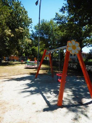 Altallegra altalena Comune di Pieve del Cairo (Pavia) giochi per parco Stileurbano attrezzature per parco giochi