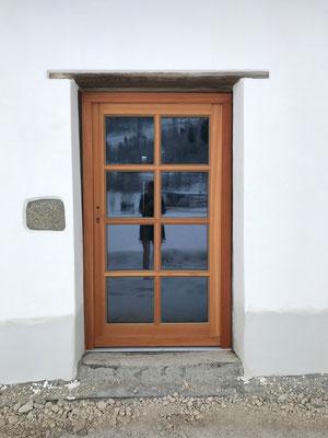 Kranz | Eingangstüre mit Glasfüllung