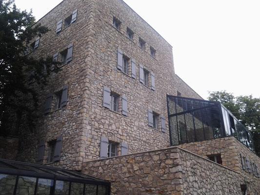 Kranz   Schloss Neuhaus