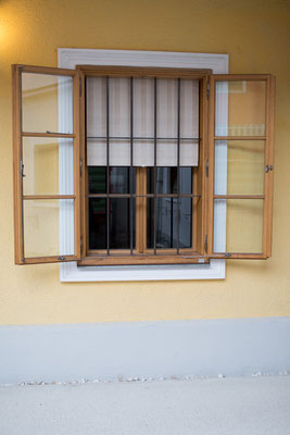 Kranz Fenstergitter und Sonnenschutz