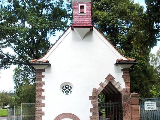 Friedhofskapelle Innenarbeiten abgeschlossen.