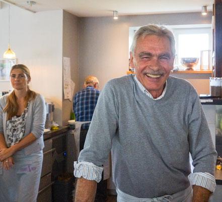"""""""Küchenchef"""" Bernd Storch ist immer gut drauf. Und zufrieden, wie toll es läuft."""