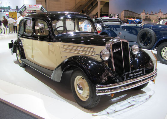Skoda Superb 640, gebouwd van 1934 tot 1936. (Techno Classica 2015 in Essen)