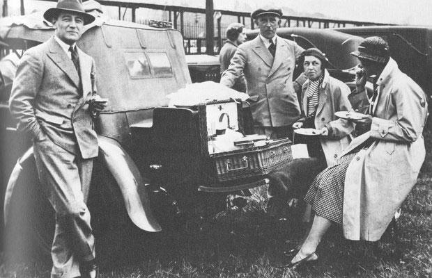 Picknick in de dertiger jaren.