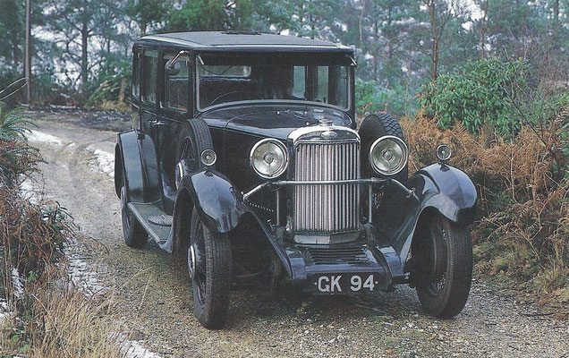 Een Sunbeam 16 Saloon uit 1931.