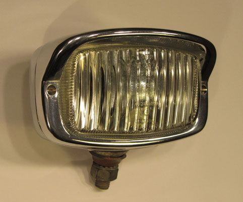 Achteruitrijlamp ZKW M 1252A, verchroomd.