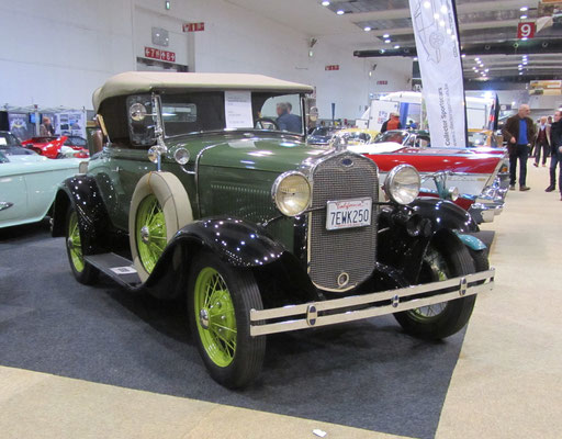 Ford Model A Roadster Deluxe uit 1930. (Interclassics Brussels 2018)