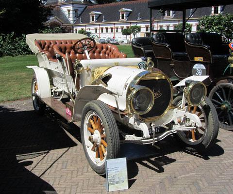 Spyker Open Tourer uit 1907 (Concours d'Élégance 2018 op Paleis Het Loo in Apeldoorn).
