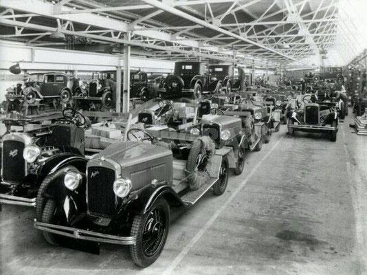 De Austin fabriek in de twintiger jaren.