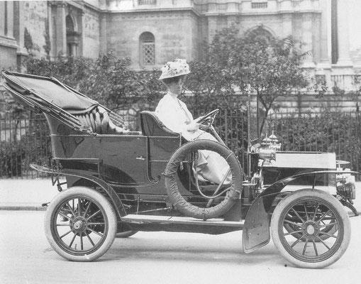 Reo tourer 18hp uit 1907.