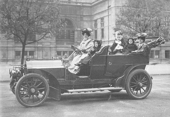 Lorraine Dietrich 24/30hp uit 1907.