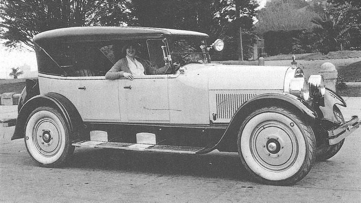 Een Peerless V8 uit 1918.