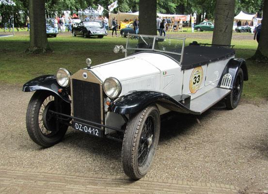 Een Lancia Lambda serie 8 Tipo 224 uit 1929.