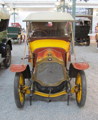 De Dion-Bouton Coupé-Chauffeur Type DH uit 1912 (Collection Schlumpf).