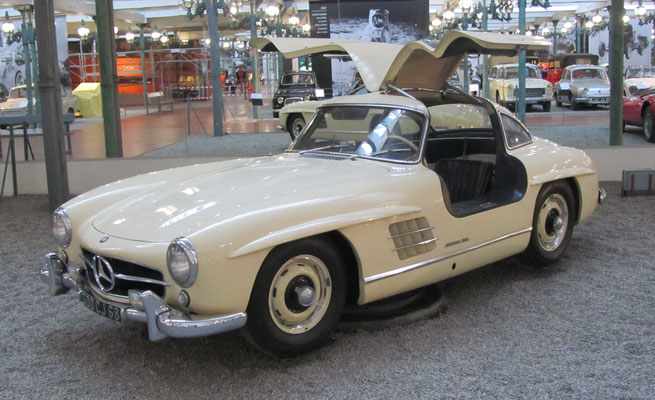 Mercedes-Benz Coupé Type 300 SL uit 1955 (Collection Schlumpf).