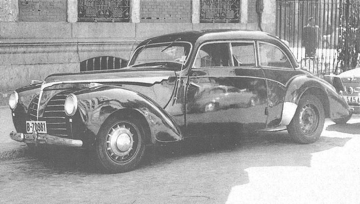 Rosengart Supertraction uit 1933.