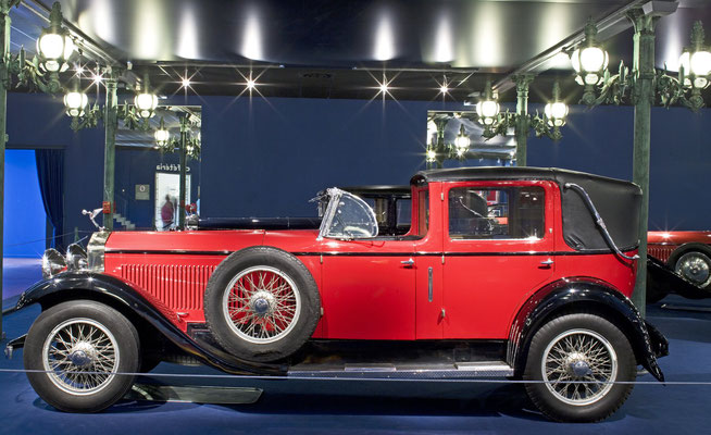 Isotta-Fraschini Landaulet Type 8A uit 1928. Deze auto was de ster in de film Sunset Boulevard van Billy Wilder. (Collection Schlumpf)