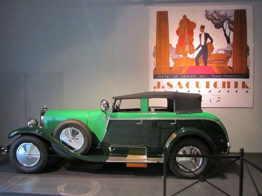 Mercedes-Benz K Torpedo Transformable  uit 1926 met een carrosserie van Saoutchik. (Louwman Museum in Den Haag)