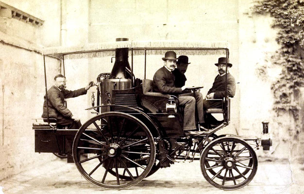 Albert de Dion en George Bouton met hun stoomvoertuig in 1885.