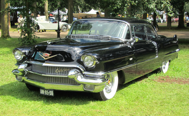 Een Cadillac Coupe de Ville uit 1957.