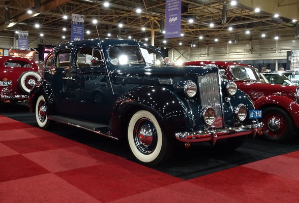 Packard Six Sedan uit 1938. (Interclassics Maastricht 2020)