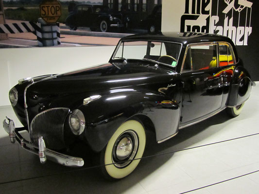 Lincoln Continental Coupé uit 1941. (Louwman Museum in Den Haag)