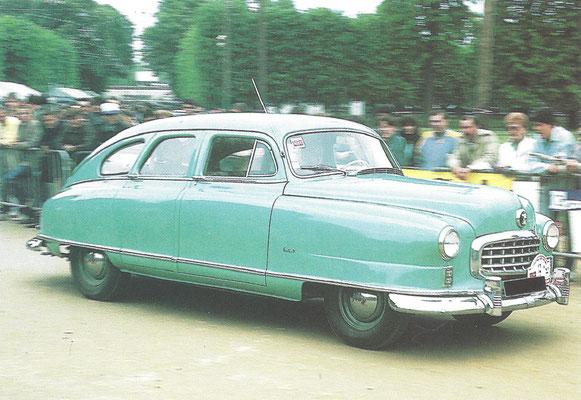 Een Nash Ambassador Airflyte (1949-1951).