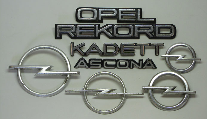 Opel emblemen.