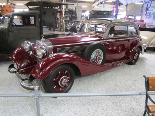 Mercedes Benz 540 K uit 1937. (Technik Museum Sinsheim)