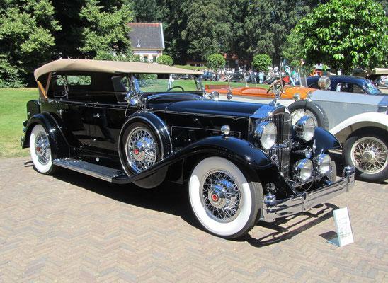 Packard Dual Cowl Sport Phaeton uit 1932 (Concours d'Élégance 2018 op Paleis Het Loo in Apeldoorn).