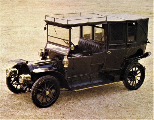 Delaunay Belleville 70hp zescilinder uit 1912 met perslucht-starter en koetswerk van de Shinnie Brothers uit Aberdeen, een dochteronderneming van de Burlington Company. De auto is te zien in het National Motor Museum in Engeland.