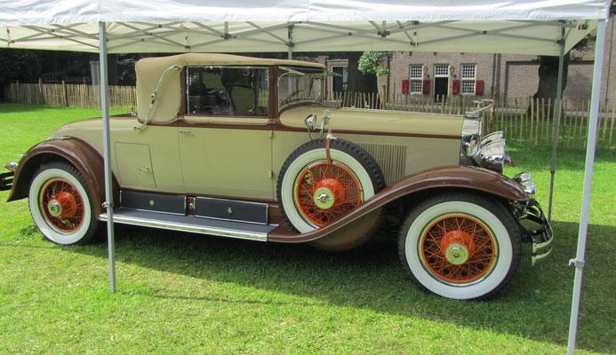 Een Cadillac 28 Longbody Cabriolet uit 1928.