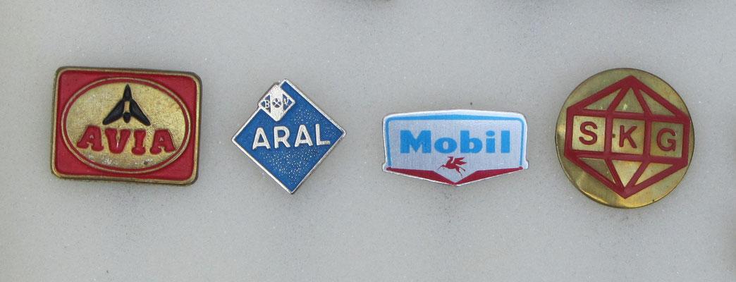 AVIA, Aral, Mobil en SKG speldjes