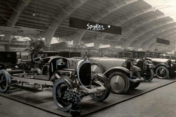 De stand van Spyker op de RAI in 1923.