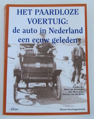 Het paardloze voertuig: de auto in Nederland een eeuw geleden. Ariejan Bos, Hans van Groningen, Gijs Mom en Vincent van der Vinne, 1996.