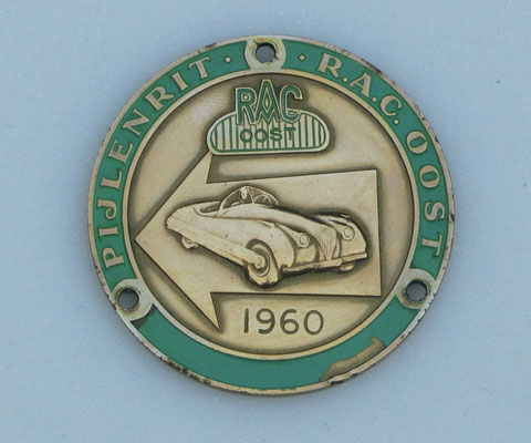 Embleem van de pijlen-rit in 1960 van R.A.C. Oost.