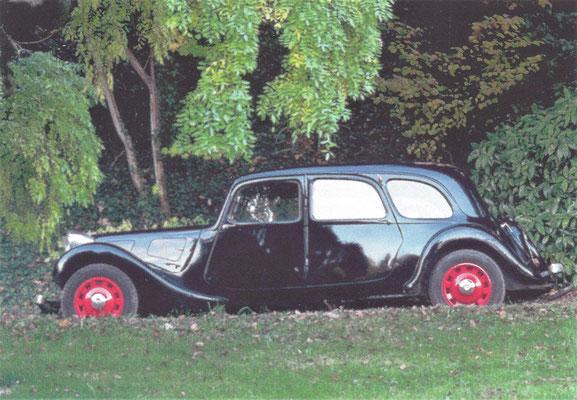 Citroën Traction Avant 11 Familiale (1934-1957).