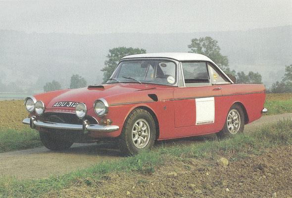 Sunbeam Tiger uit 1964, gebaseerd op de Alpine van Rootes met een 4,2 of 4,7 liter V8 motor van Ford. Dit is een fabriek rally-versie van Don Pither.