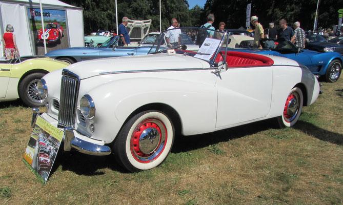Sunbeam Alpine Roadster uit 1954 (Concours d'Élégance 2018 op Paleis Het Loo in Apeldoorn).