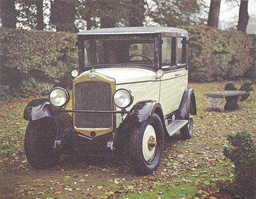 Een Opel uit 1930.