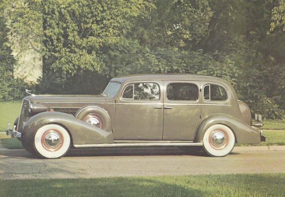 Cadillac Fleetwood 75 uit 1936.