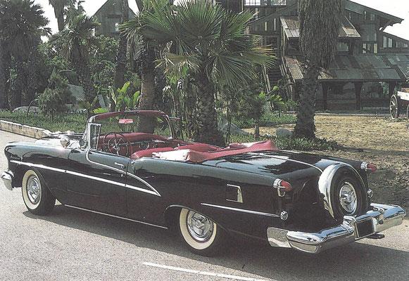 Een Oldsmobile 98 Starfire Cabriolet uit 1955.