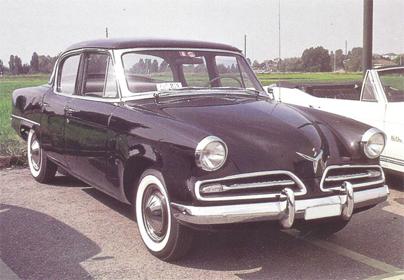 Studebaker Berline Champion uit 1953.