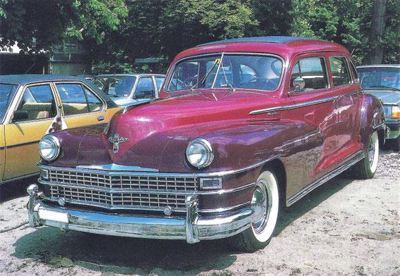 Chrysler Traveler Sedan uit 1948.