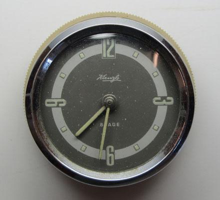 Kienzle klok met een opwind-mechanisme.
