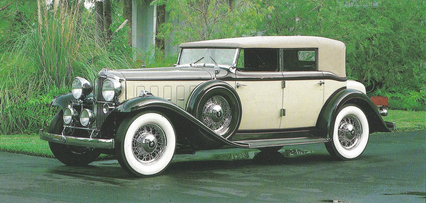 Nash Special 8 Convertible Sedan uit 1933.
