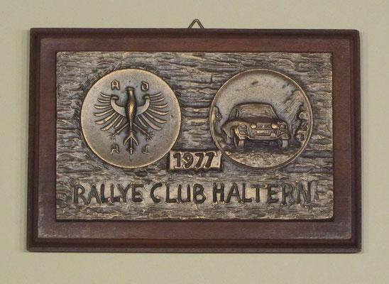 Bronzen plaquette uit 1977 van Rallye Club Haltern.