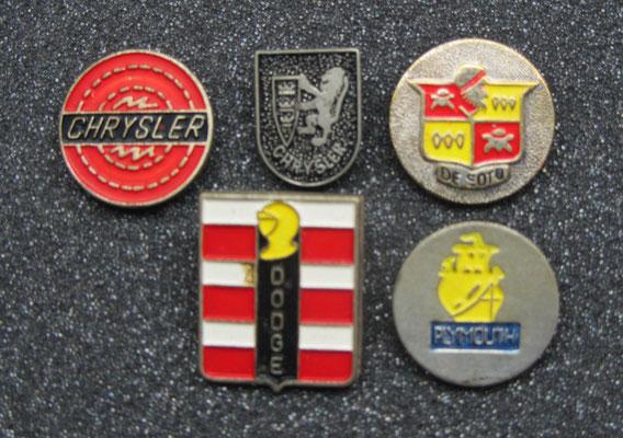 Chrysler, Dodge, De Soto en Plymouth speldjes.